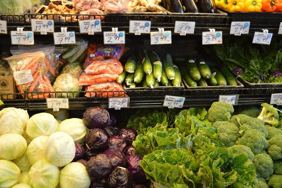 Grocery vegetables-1100198_960_720.jpg